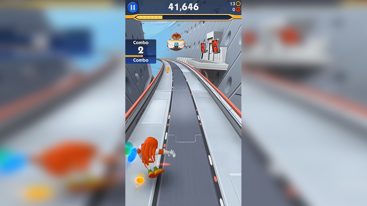 Knuckles Collecting Coins